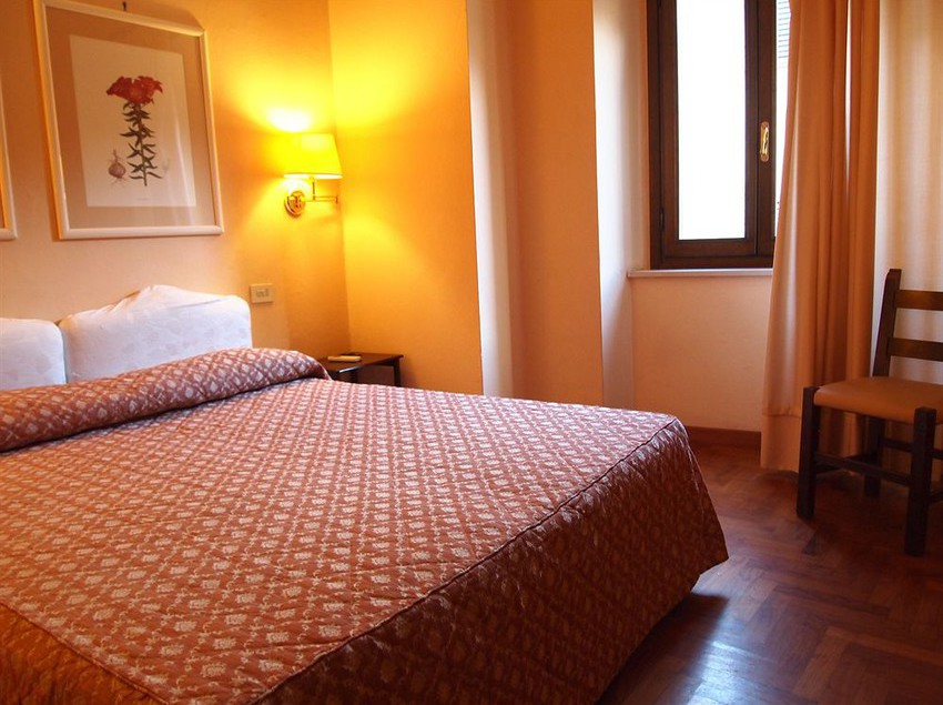 Hotel Belsoggiorno, San Gimignano: the best offers with Destinia