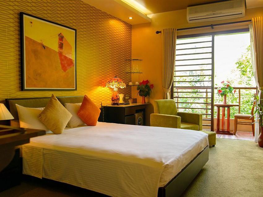 Hotel artisan boutique in hanoi starting at 14 destinia for Boutique hotel 1 hanoi