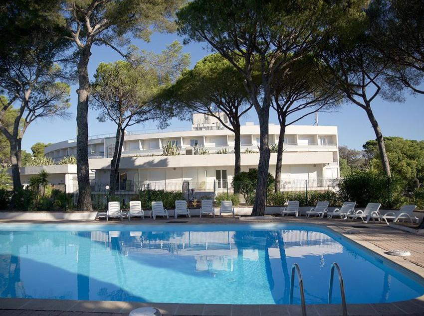 Residence la tour de mare frejus partir de 33 destinia for Hotels frejus