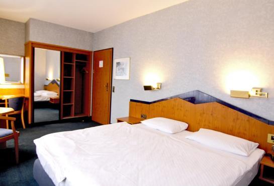 H tel mpneuenhof wuppertal les meilleures offres avec for Hotel wuppertal