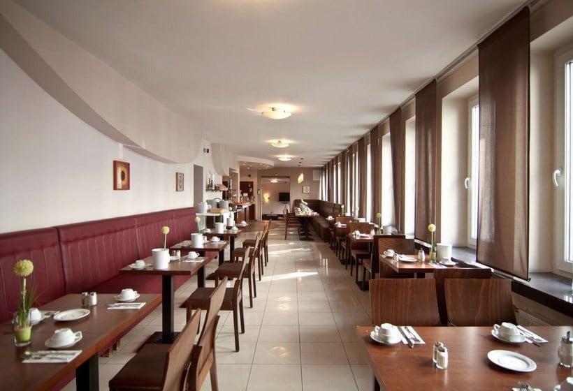 novum hotel oldenburg hamburg. Black Bedroom Furniture Sets. Home Design Ideas