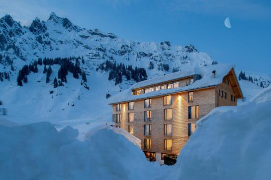 Hotel Mondschein Stuben Am Arlberg The Best Offers With Destinia