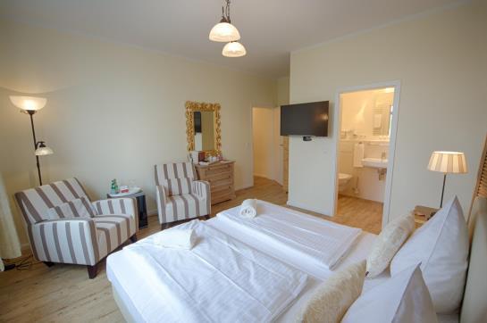 hotel eickst dt sankt peter ording as melhores ofertas com destinia. Black Bedroom Furniture Sets. Home Design Ideas