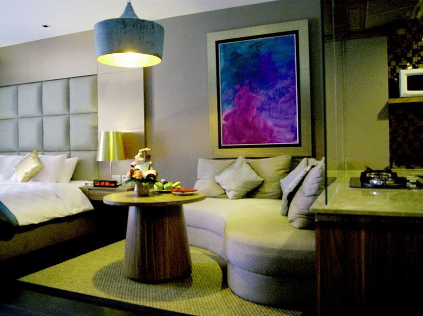 Hotel Amaroossa Suite Bali Nusa Dua