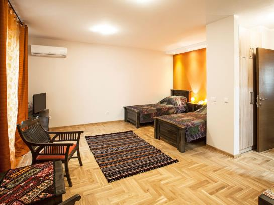 hotel orient villa in belgrade starting at 18 destinia. Black Bedroom Furniture Sets. Home Design Ideas