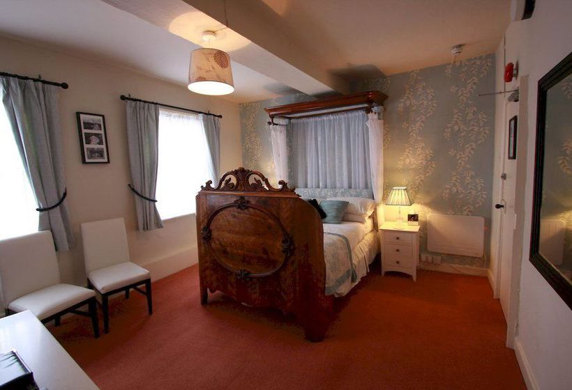 Hotel galtres lodge york the best offers with destinia for Cabin hotel new york