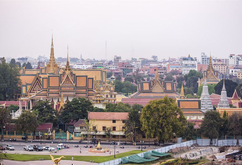 Queen grand boutique hotel spa phnom penh the best for Best boutique hotels phnom penh