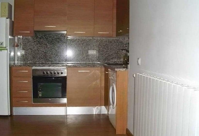 Apartamentos canillo 3000 canillo partir de 21 for Cuisine a 3000 euros