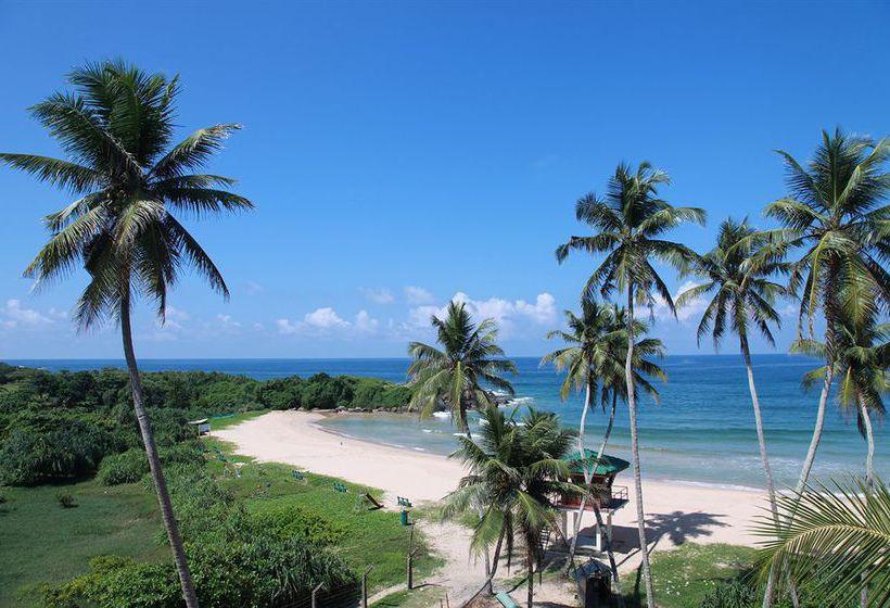 hotel shinagawa beach in balapitiya starting at 31 destinia rh destinia co uk