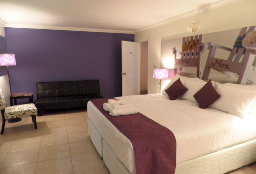Chic The Boutique Hotel Crown Point Tobago As Melhores