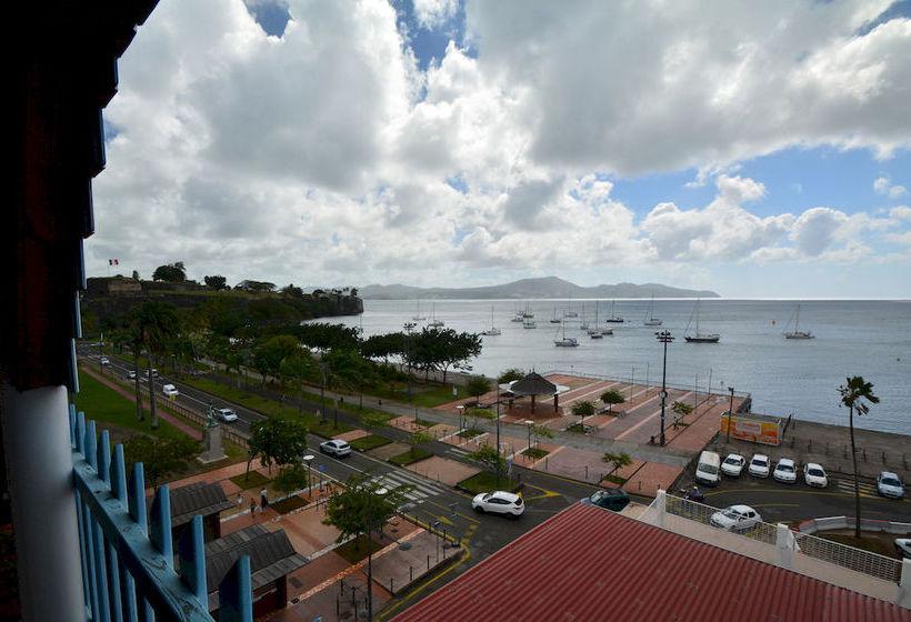 hotel bayfront in fort de france starting at 37 destinia. Black Bedroom Furniture Sets. Home Design Ideas