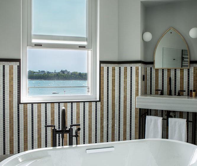 hotel castelbrac em dinard desde 148 destinia. Black Bedroom Furniture Sets. Home Design Ideas