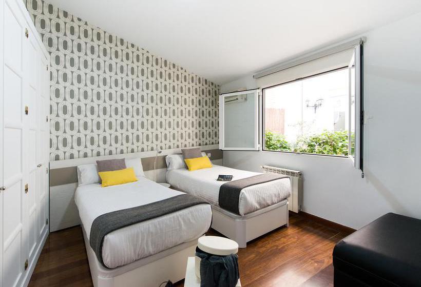 Kamer Apartamentos Roisa Centro Madrid