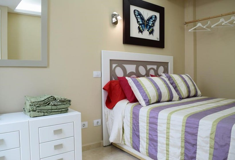bed and breakfast bed breakfast la volpe rossa em las palmas de gran canaria desde 19 destinia. Black Bedroom Furniture Sets. Home Design Ideas